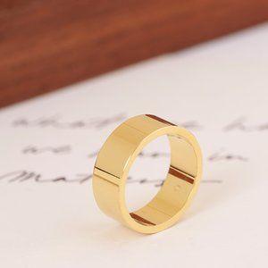Tory Burch Glossy Luxury Fashion Ring